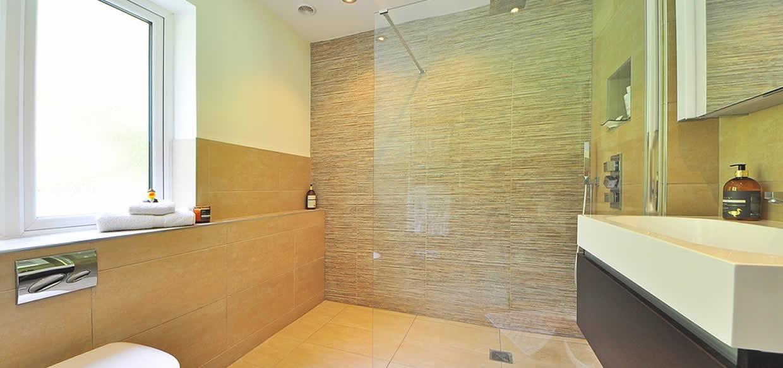 Best Shower Screen