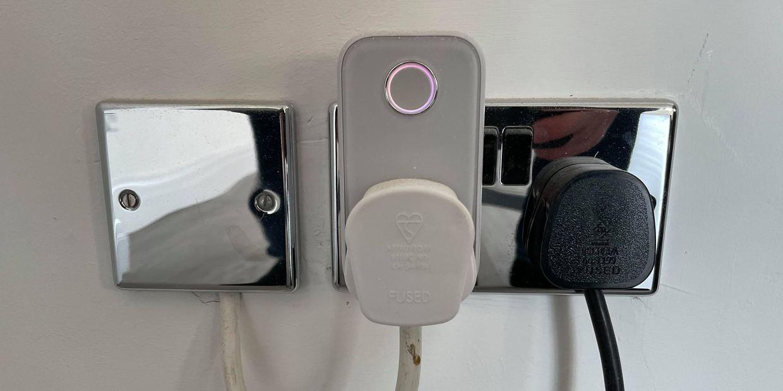 How Does A Smart Plug Work