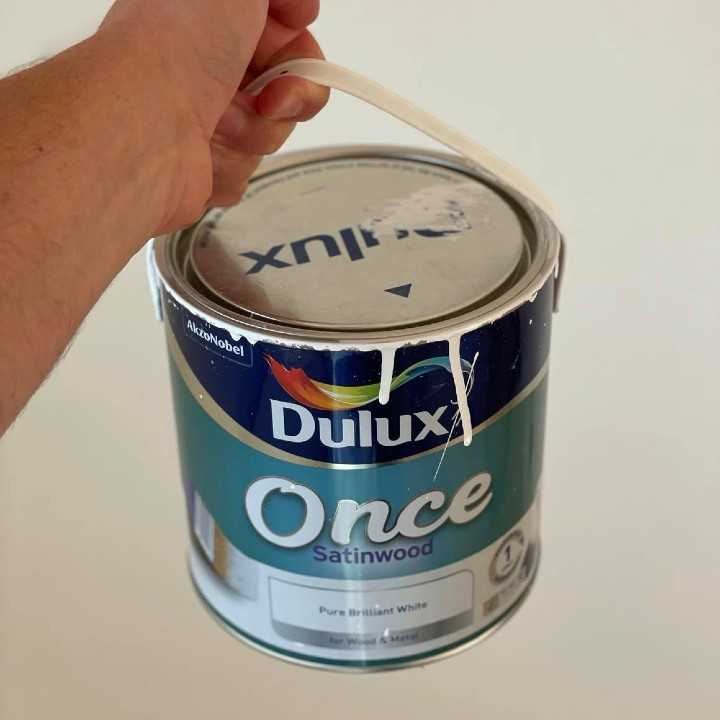 best non yellowing satinwood paint