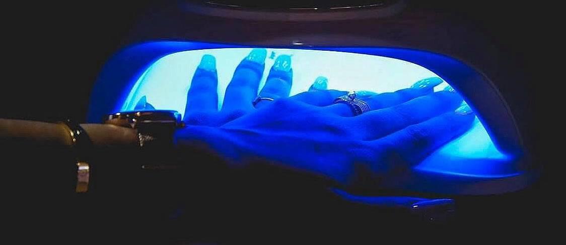 best UV nail lamp